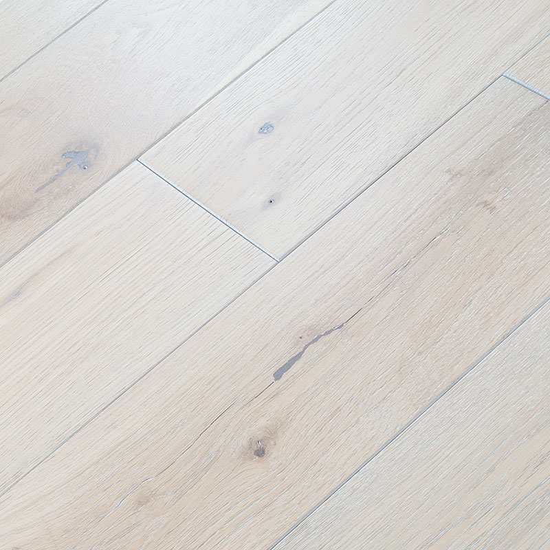 Wood Floors Plus Solid Distressed Discontinued Solid Oak