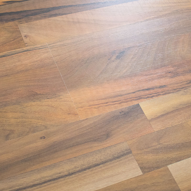 Wood floors plus standard clearance armstrong laminate for Laminate flooring clearance